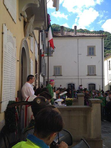 L'onore di avere il Vescovo di Forlì a celebrare la Santa Messa.